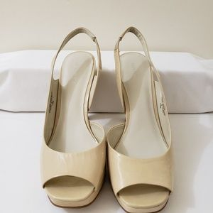 LAST CHANCE Nine West Cream Heels Size 7.5